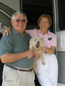 Gaylord Maxwell, RV icon, untimely death; RV-LOW conferences end