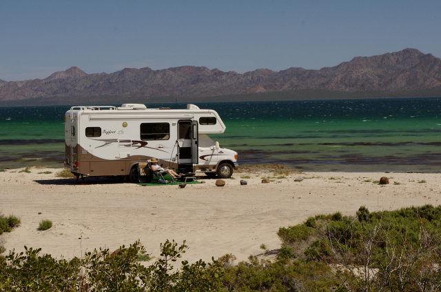what conditions traveling with caravan motorhome trough europe
