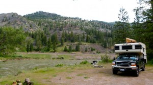 Boondocking on dispersed camping site along Clark Fork River in Lolo National Forest