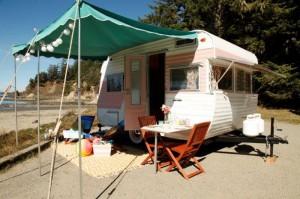 'Beachin' RVs' vintage trailer restoration series premiers on Travel Channel
