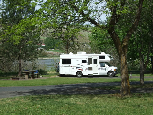 RV Life on Wheels continues in Idaho near Hells Gate State Park