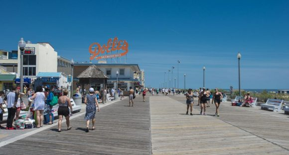 Delaware RV highlights: longtime friends, great food, windy stroll on boardwalk