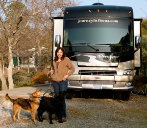 RVing with Pets, part 1 -- Professional photographer Fran Reisner traveled 3 years with Jazzy, Sadie