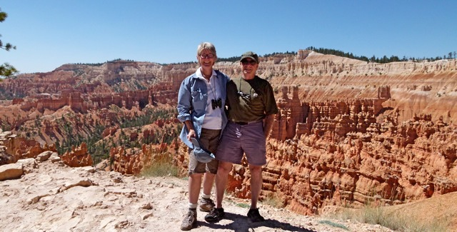 Busy Bryce Canyon National Park, they come from around the world for the amazing Hoodoos, as do we