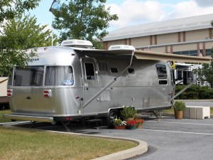HGTV kicks off 'RV 2014' special on New Year's Day