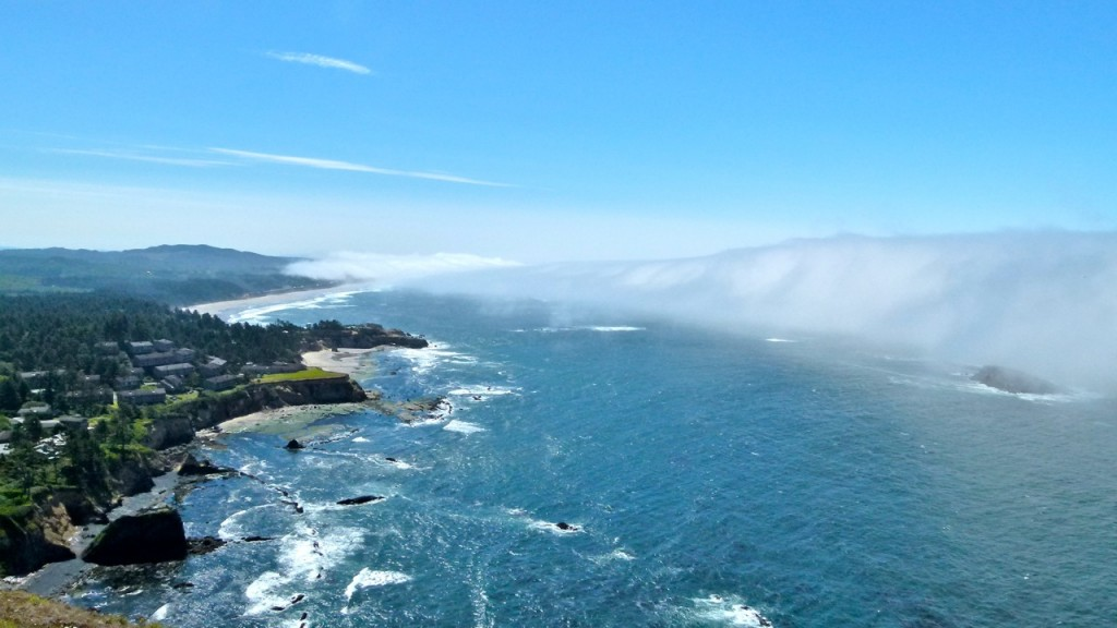 Lunch with an expansive view of the Oregon Coast … Otter Crest State Scenic Viewpoint