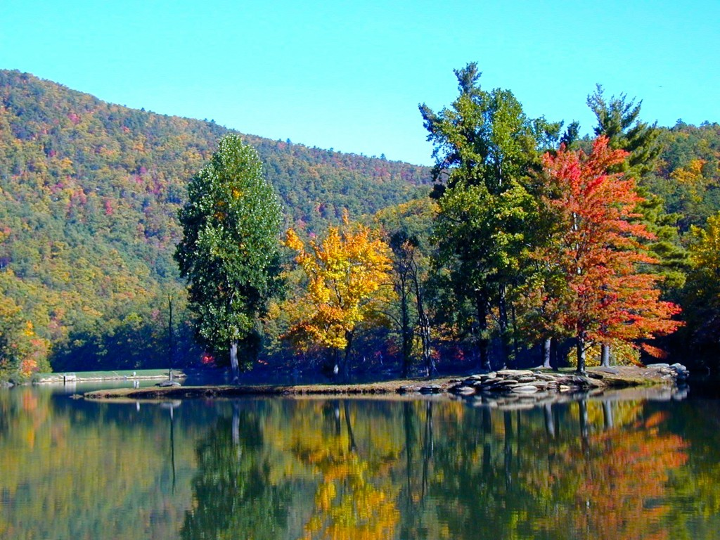Autumn Camping Destination 4 Sherando Lake Jewel Of The