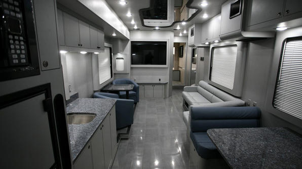extreme-rvs-Force5er-Inside