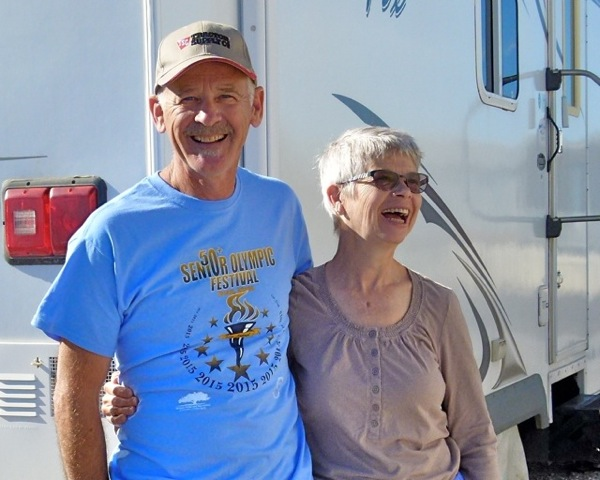 Woodworkers Richard and Donna Shrauger travel south from cold Colorado to winter in sunny Yuma