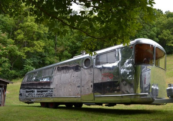 Binge watch 'Flippin' RVs' on Great American Country