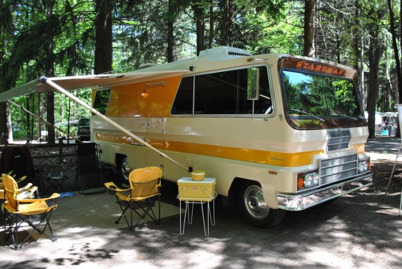 Tin Can Tourists circling their vintage rigs for summer gatherings across North America