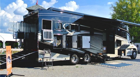Equine RVs, part 4: Motorized Equine Motorcoach