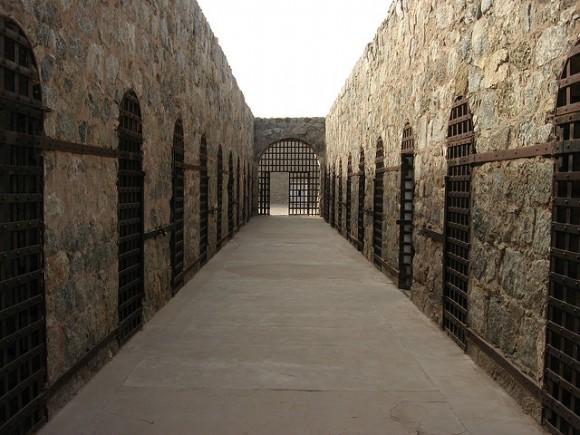 Yuma-prison-cellBlock