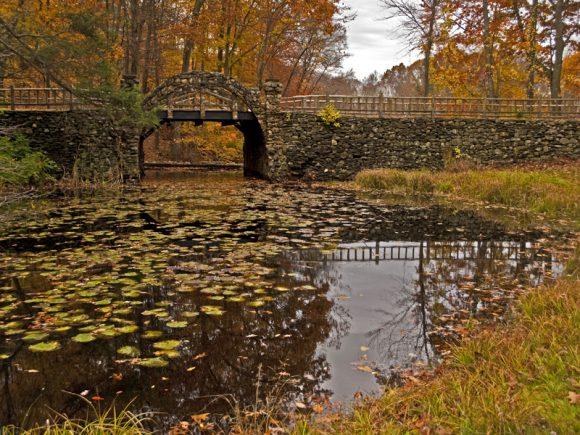 Connecticut S Gillette Castle Embraces Autumn Rv Wheel Life